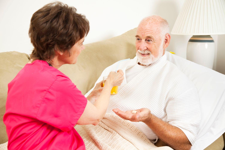 принцип ухода за лежачим больным